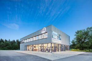 Fitnesstudio mit Aluminium Fassade